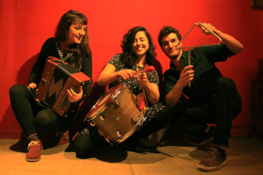 Trio alavantu photo -site